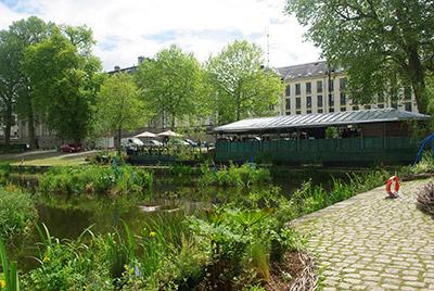 5-bateau-lavoir-jardins-flottants