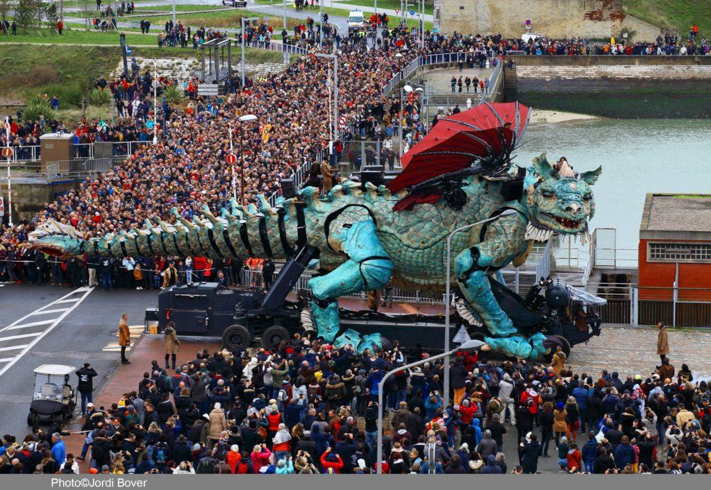 Le Dragon de Calais - Crédit Jordi Bover